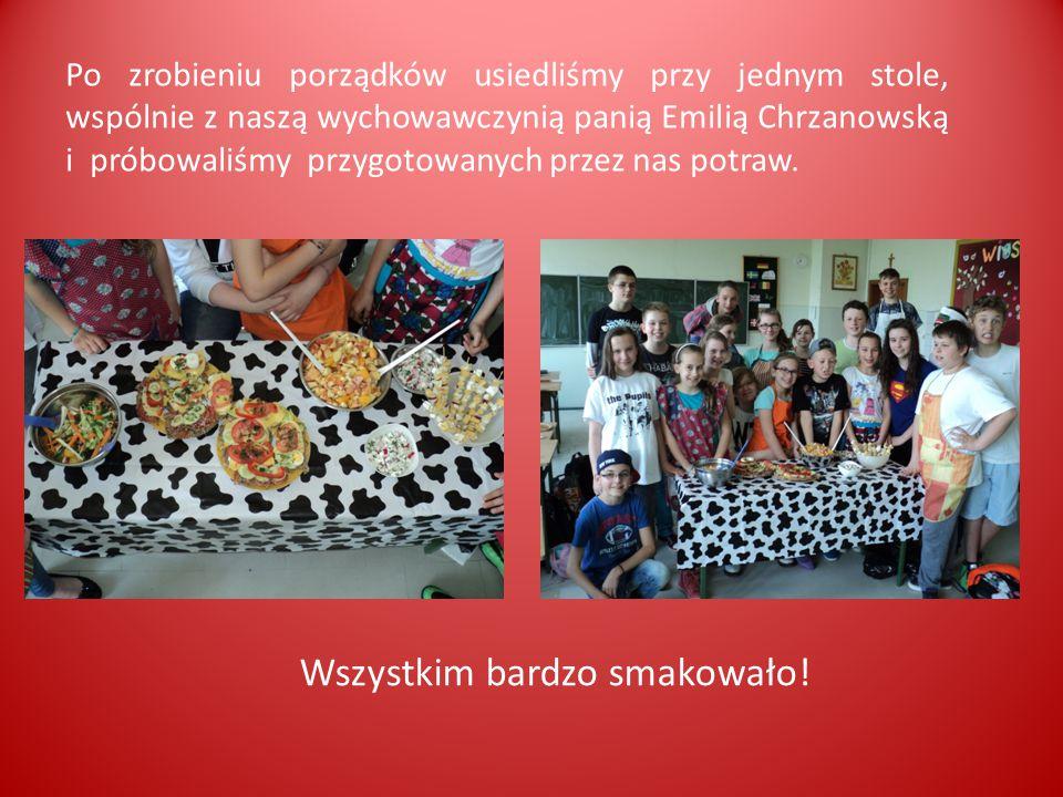 Po zrobieniu porządków usiedliśmy przy jednym stole, wspólnie z naszą wychowawczynią panią Emilią Chrzanowską i próbowaliśmy przygotowanych przez nas potraw.
