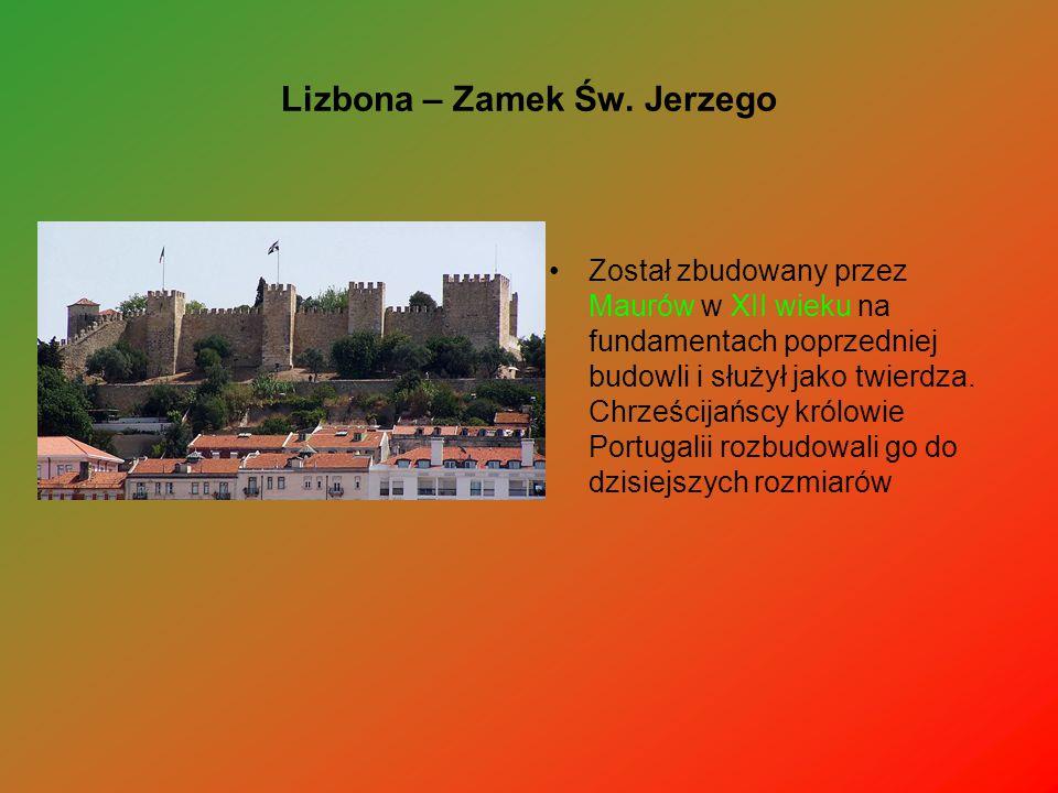Lizbona – Zamek Św. Jerzego Został zbudowany przez Maurów w XII wieku na fundamentach poprzedniej budowli i służył jako twierdza. Chrześcijańscy królo