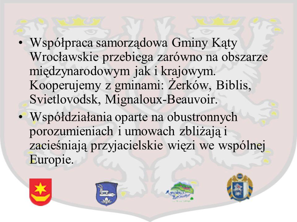 Współpraca samorządowa Gminy Kąty Wrocławskie przebiega zarówno na obszarze międzynarodowym jak i krajowym. Kooperujemy z gminami: Żerków, Biblis, Svi