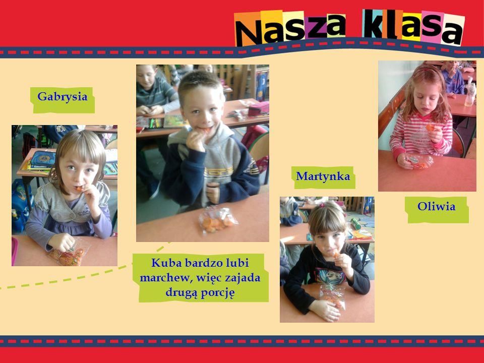 Gabrysia Oliwia Kuba bardzo lubi marchew, więc zajada drugą porcję Martynka
