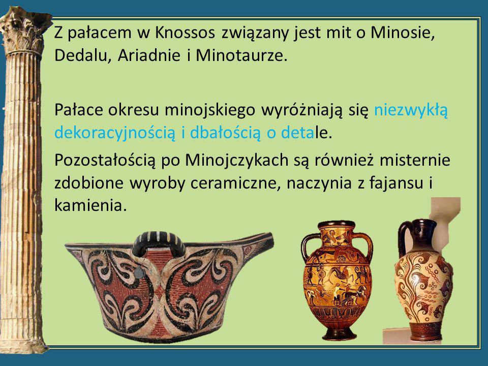 Z pałacem w Knossos związany jest mit o Minosie, Dedalu, Ariadnie i Minotaurze. Pałace okresu minojskiego wyróżniają się niezwykłą dekoracyjnością i d