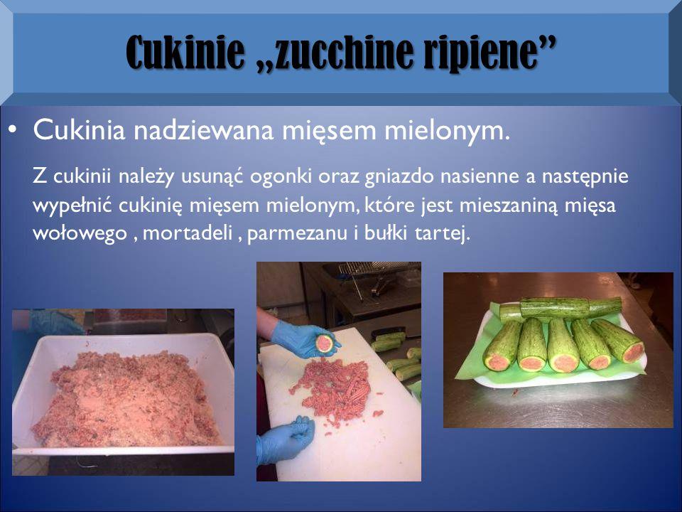 """Cukinie """"zucchine ripiene Cukinia nadziewana mięsem mielonym."""
