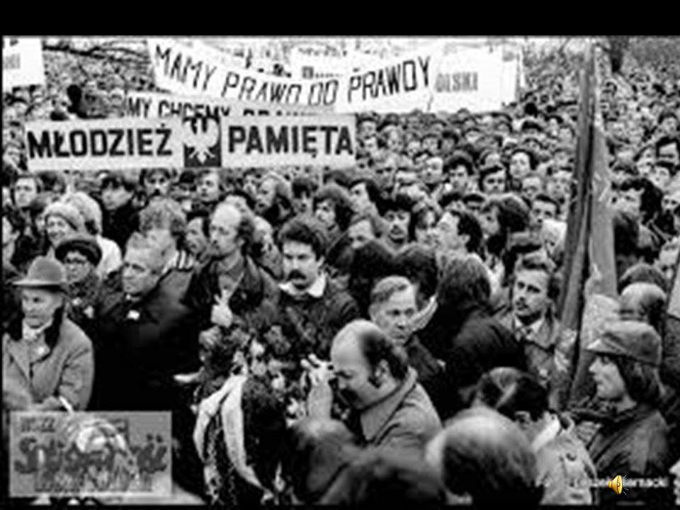 Czasy PRL-u Po II wojnie światowej obchodzono je do 1946 Od tego czasu władze komunistyczne zaprzestały i zabroniły publicznego świętowania. Po 1 maja