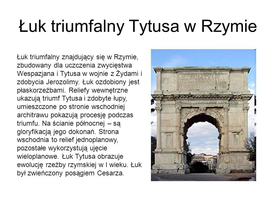 Willa Hadriana Willa Hadriana została zbudowana na polecenie cesarza Hadriana w Tivoli (leżącym w odległości ok.