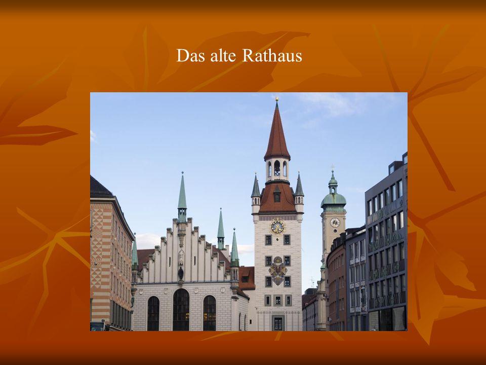 R Das alte Rathaus