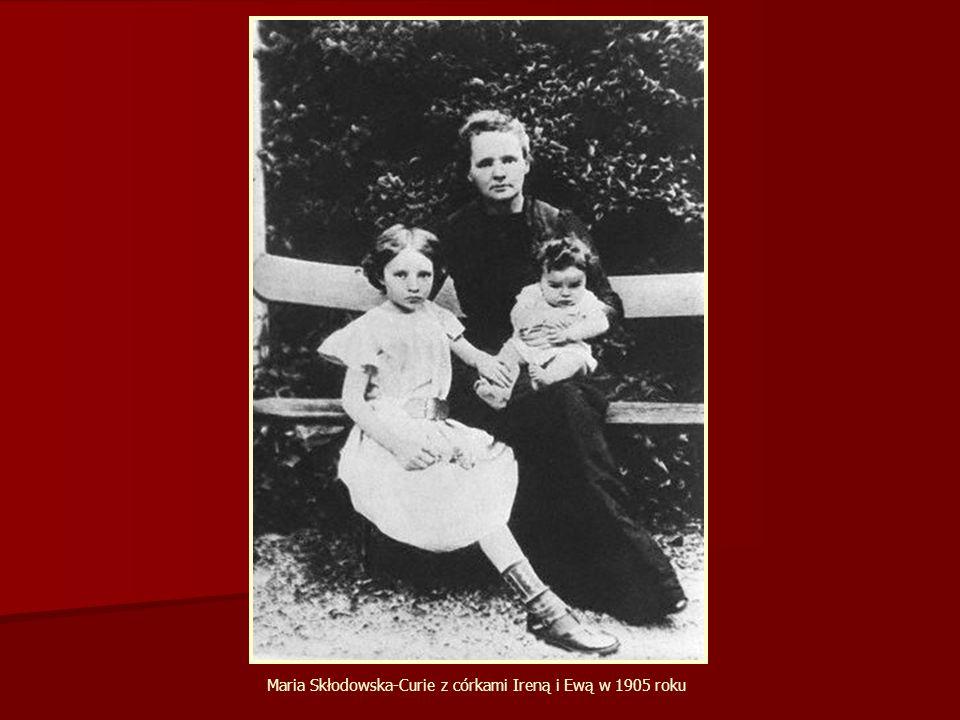 Maria Skłodowska-Curie z córkami Ireną i Ewą w 1905 roku