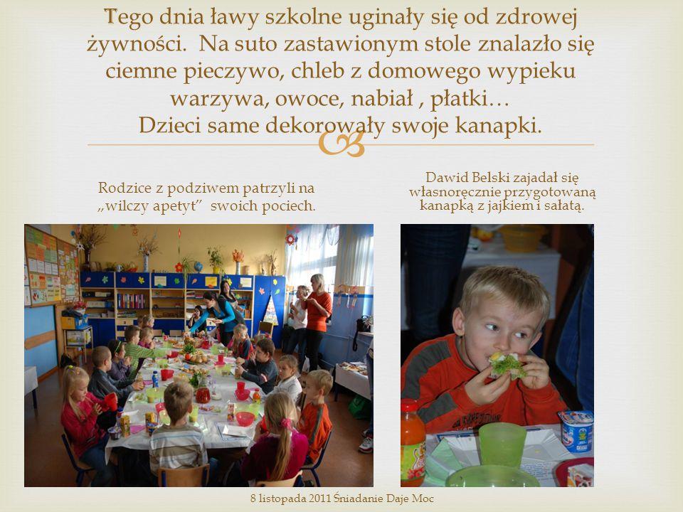  Z zaproszenia na śniadanie skorzystała pani Katarzyna Rybak, zastępca dyrektora Zespołu Szkół (szósta z lewej).