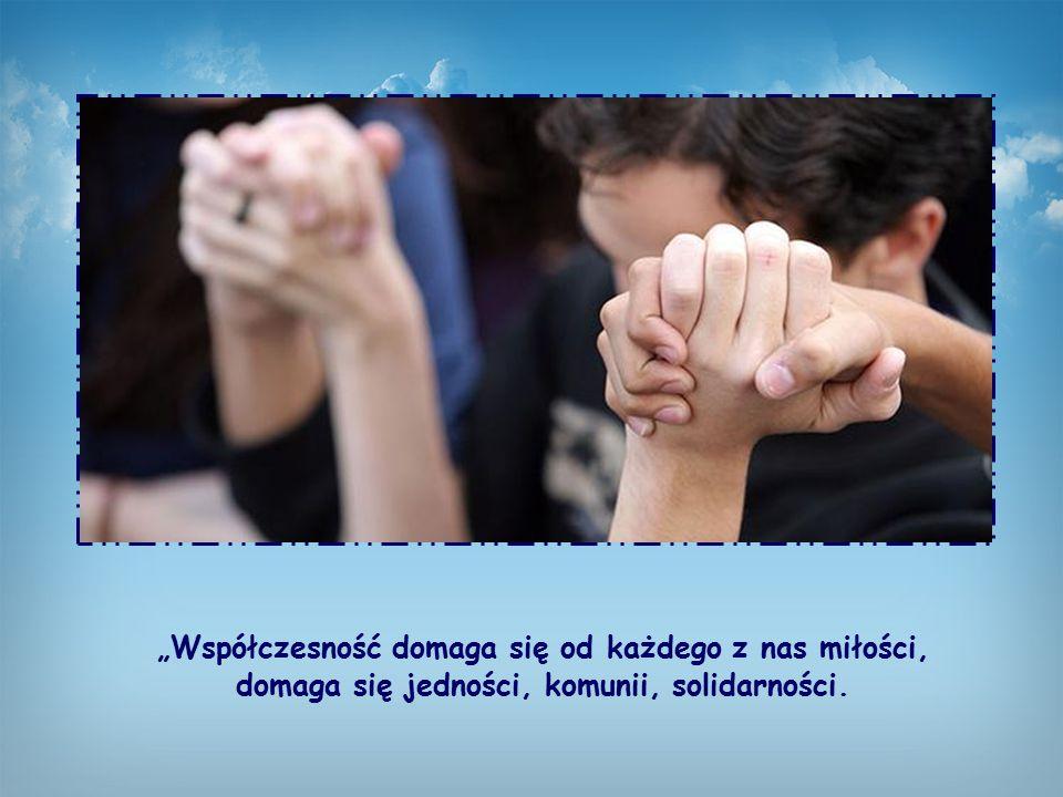 Możemy w ten sposób oddać chwałę Bogu jedną duszą i jednymi ustami (15,6), gdyż – jak mówiła Chiara Lubich w Genewie, w katedrze św. Piotra należącej