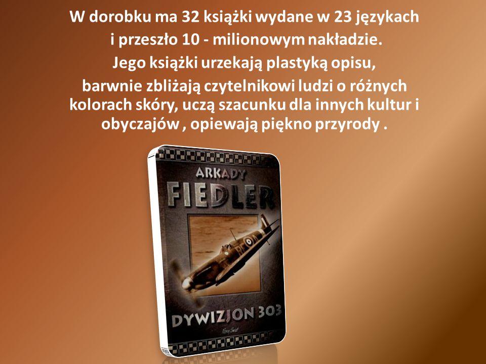 W dorobku ma 32 książki wydane w 23 językach i przeszło 10 - milionowym nakładzie.