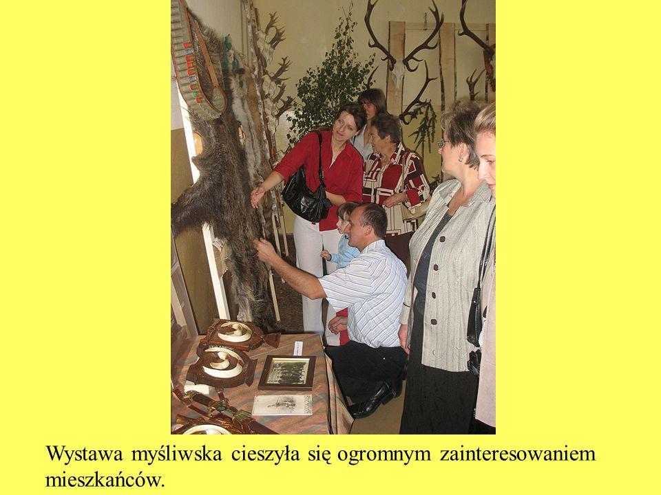 Wystawa myśliwska cieszyła się ogromnym zainteresowaniem mieszkańców.
