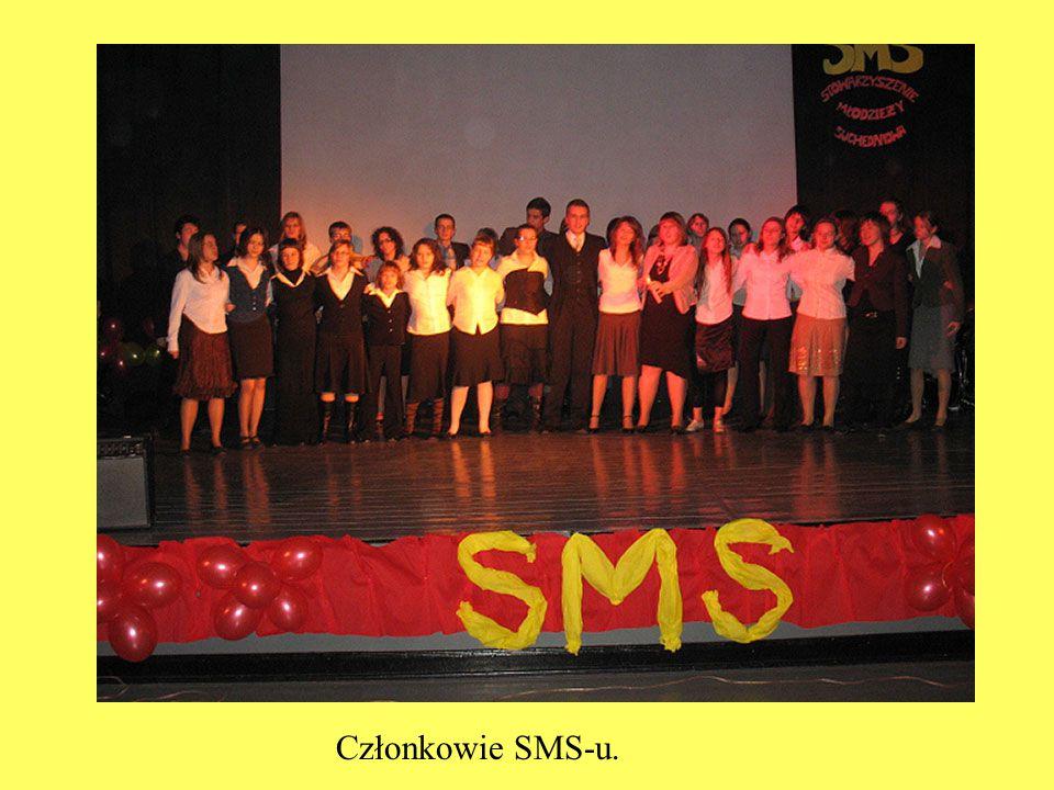 Członkowie SMS-u.