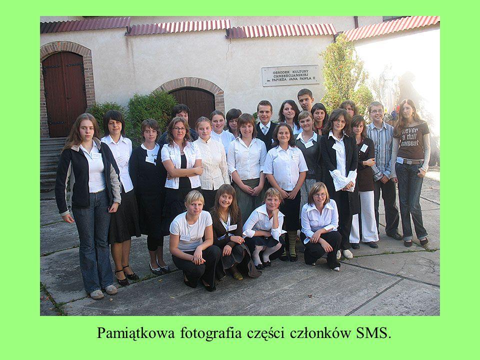Pamiątkowa fotografia części członków SMS.