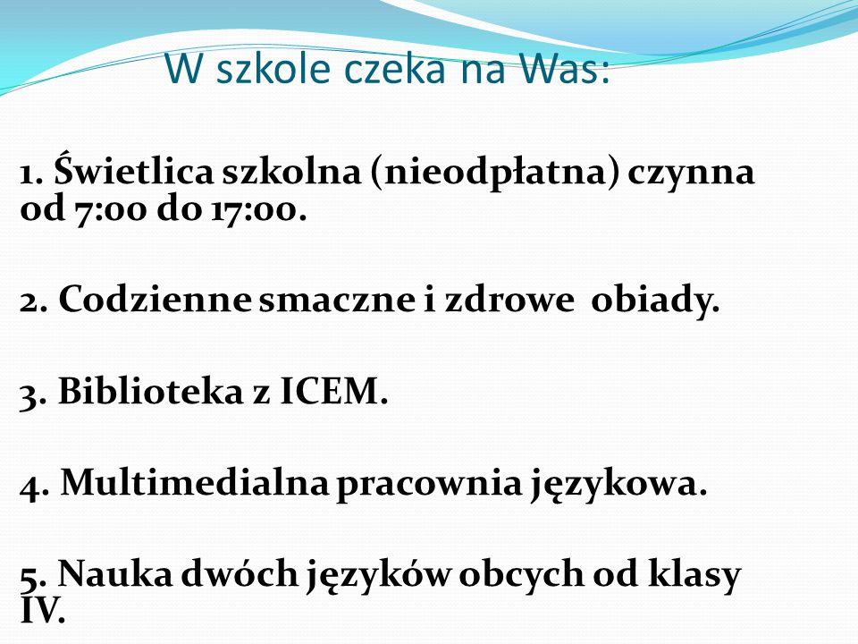 Szkoła Podstawowa nr 2 im. Orląt Lwowskich w Wołowie jest placówką z wieloletnimi tradycjami. W bieżącym roku szkolnym uczęszcza do niej 395 dzieci. W