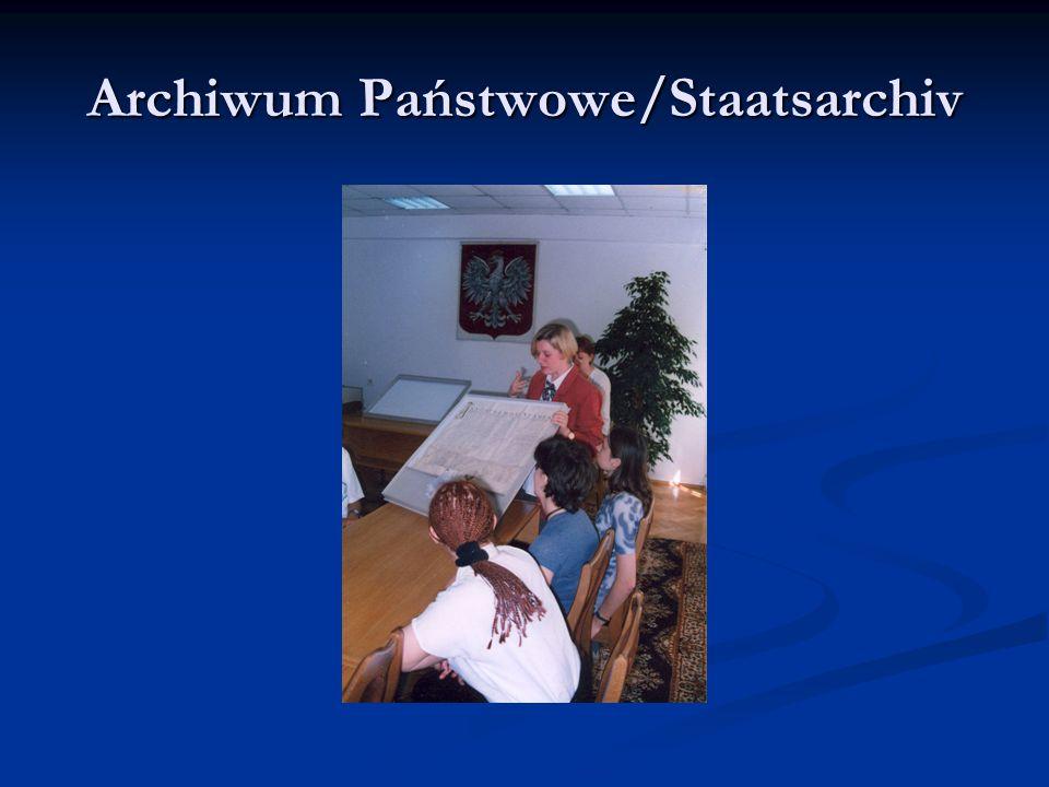 Pierwsza wymiana W wymianach młodzieży z naszej szkoły uczestniczą obecnie głównie uczniowie klas niemieckich ze zwiększonym wymiarem nauczania.