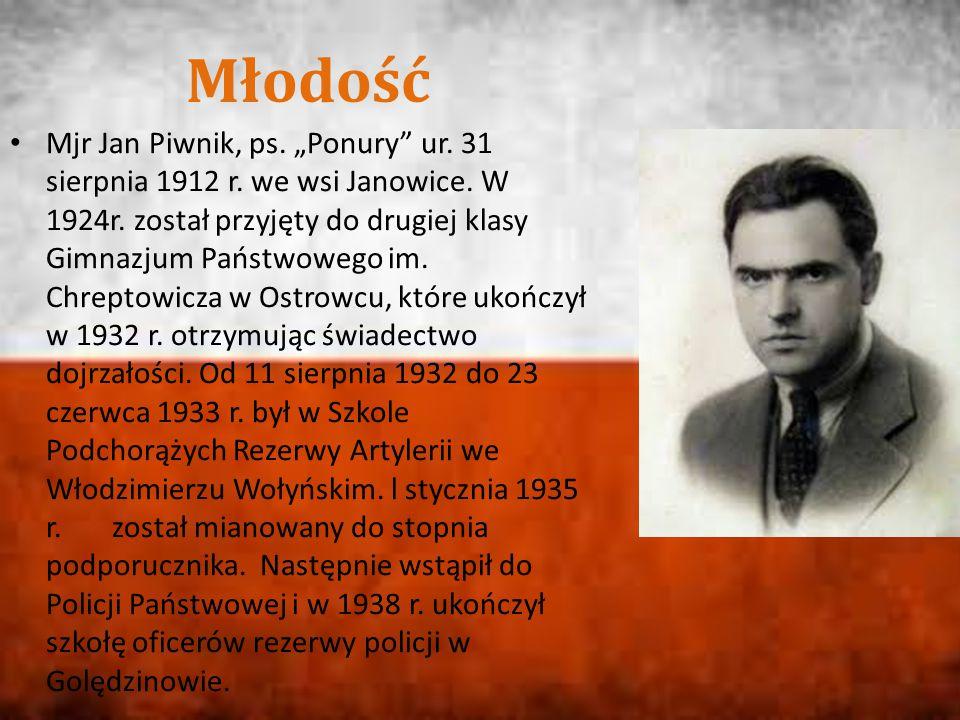 """Mjr Jan Piwnik, ps. """"Ponury"""" ur. 31 sierpnia 1912 r. we wsi Janowice. W 1924r. został przyjęty do drugiej klasy Gimnazjum Państwowego im. Chreptowicza"""