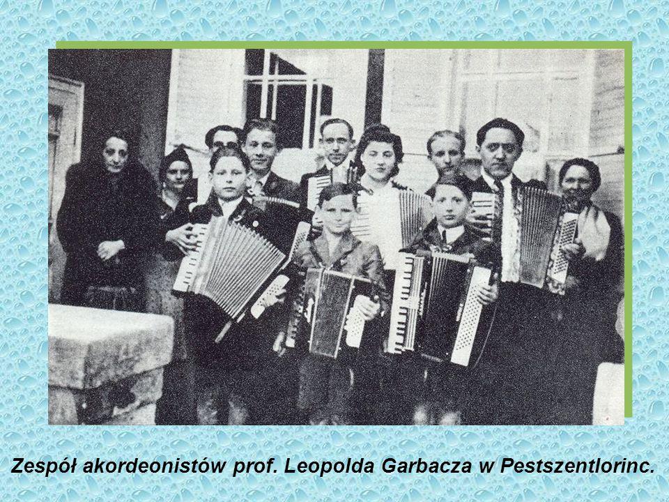 Zespół akordeonistów prof. Leopolda Garbacza w Pestszentlorinc.