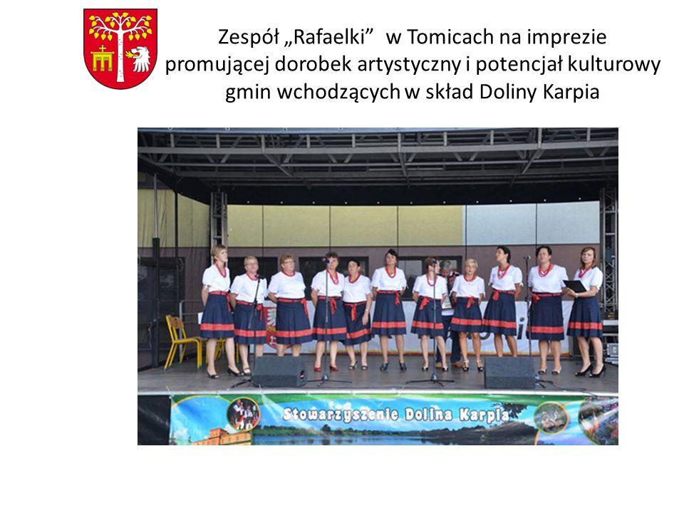 """Zespół """"Rafaelki w Tomicach na imprezie promującej dorobek artystyczny i potencjał kulturowy gmin wchodzących w skład Doliny Karpia"""
