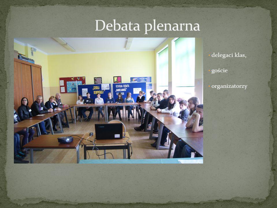 delegaci klas, goście organizatorzy