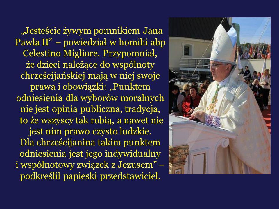 """""""Jesteście żywym pomnikiem Jana Pawła II"""" – powiedział w homilii abp Celestino Migliore. Przypomniał, że dzieci należące do wspólnoty chrześcijańskiej"""