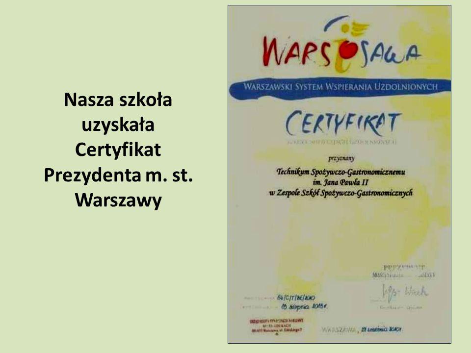"""Realizujemy projekty WARSZAWSKICH INICJATYW EDUKACYJNYCH w ramach programu """"Warszawskie szkoły zawodowe na europejskim poziomie (2009, 2010, 2011) 2009 – jeden projekt 2010 – trzy projekty 2011 – trzy projekty"""