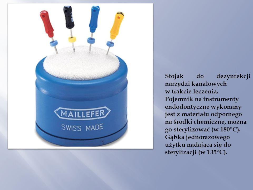 Stojak do dezynfekcji narzędzi kanałowych w trakcie leczenia. Pojemnik na instrumenty endodontyczne wykonany jest z materiału odpornego na środki chem