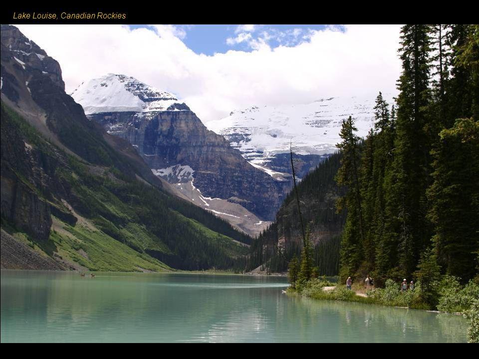 Canadian Rockies - pasmo w Górach Skalistych, jedna z siedmiu głównych części tego łańcucha.