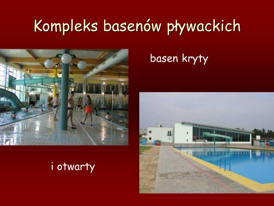 Kompleks basenów pływackich basen kryty i otwarty