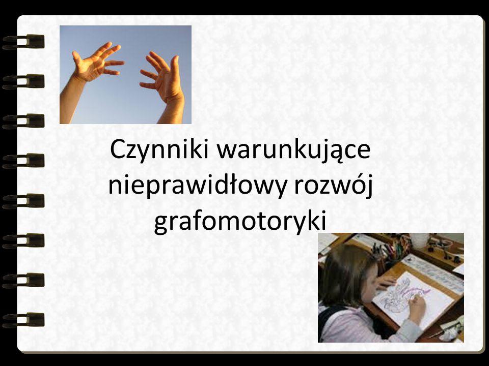 Zaburzenia rozwoju ruchowego w zakresie sprawności manualnej - litery drżące, za małe, nierówne, wykraczające poza linie, - niewłaściwe odstępy między literami, brak wiązania ich ze sobą, - brak umiejętności rozplanowania wyrazu w liniaturze, na stronie zeszytu, niezachowywanie marginesu, - nierówne odstępy przy pisaniu cyfr i słupków, - mała precyzja ruchów dłoni i palców, gwałtowne, pozbawione płynności ruchy przy pisaniu, trudności w zespoleniu pojedynczych ruchów w całość, - wolne tempo pisania, - luki w zeszytach, - pismo niekształtne, brzydkie od strony graficznej, mało czytelne, utrudniające korzystanie z własnych notatek, - liczne przekreślenia, poprawki, plamy, - nadmierny nacisk na ołówek, - szybkie męczenie się ręki