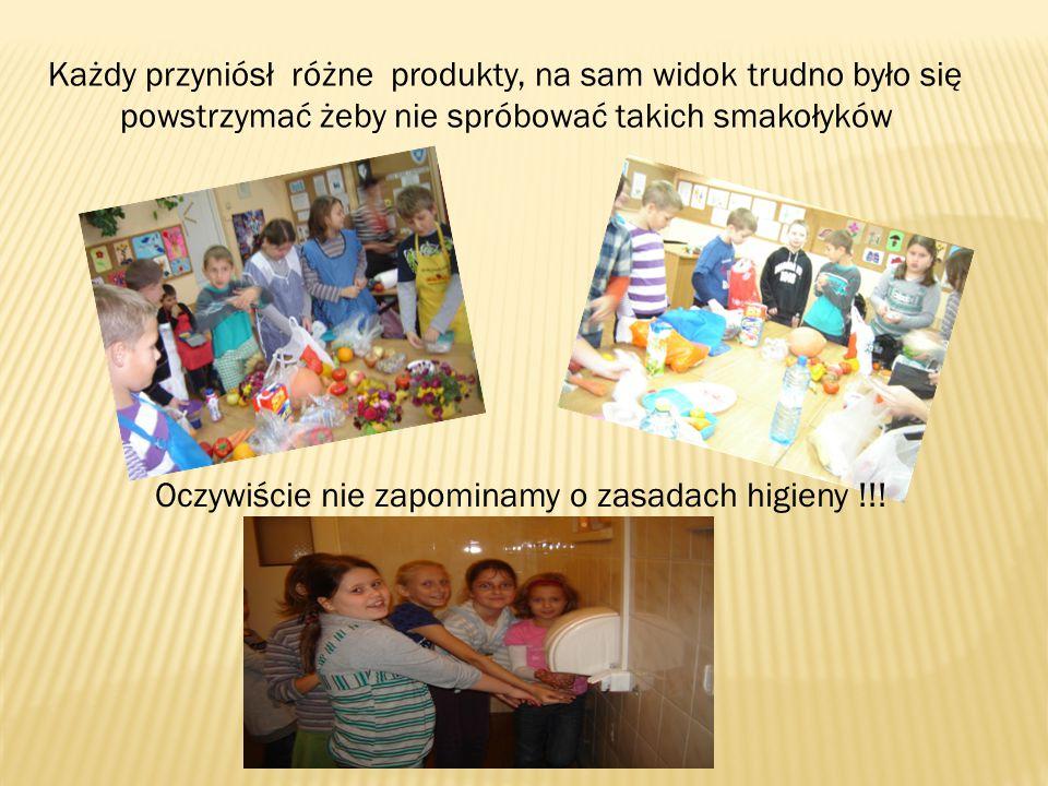 Każdy przyniósł różne produkty, na sam widok trudno było się powstrzymać żeby nie spróbować takich smakołyków Oczywiście nie zapominamy o zasadach higieny !!!