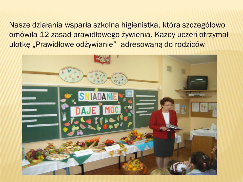 Nasze działania wsparła szkolna higienistka, która szczegółowo omówiła 12 zasad prawidłowego żywienia.