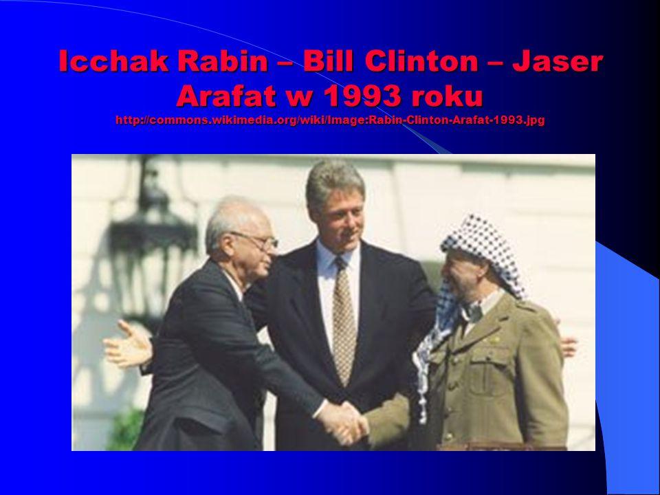 Icchak Rabin – Bill Clinton – Jaser Arafat w 1993 roku http://commons.wikimedia.org/wiki/Image:Rabin-Clinton-Arafat-1993.jpg