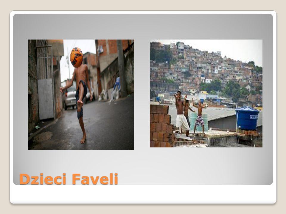 Niewolnicza praca dzieci Dzieci w Favelach bardzo ciężko pracują aby móc przeżyć.