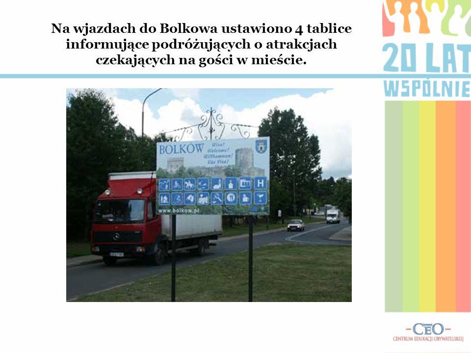 Na wjazdach do Bolkowa ustawiono 4 tablice informujące podróżujących o atrakcjach czekających na gości w mieście.