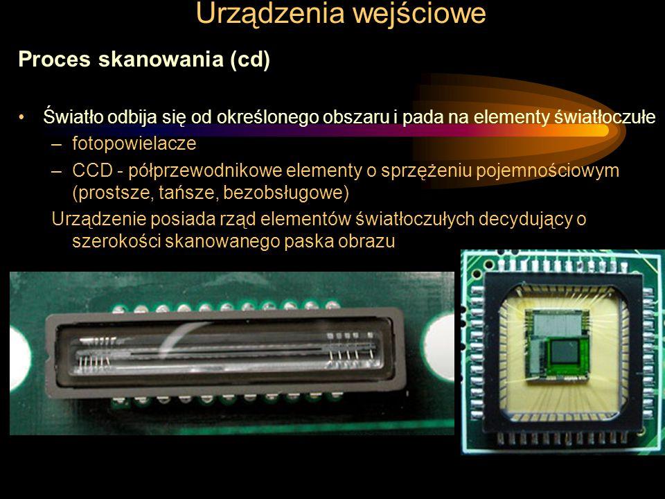 Urządzenia wejściowe Przetworniki obrazu Są wykorzystywane w kilku rodzajach urządzeń peryferyjnych –skanery –czytniki kodów kreskowych –mysz optyczna –kamery i aparaty cyfrowe Podstawowe typy przetworników obrazu: –CMOS –CCD –fotopowielacze