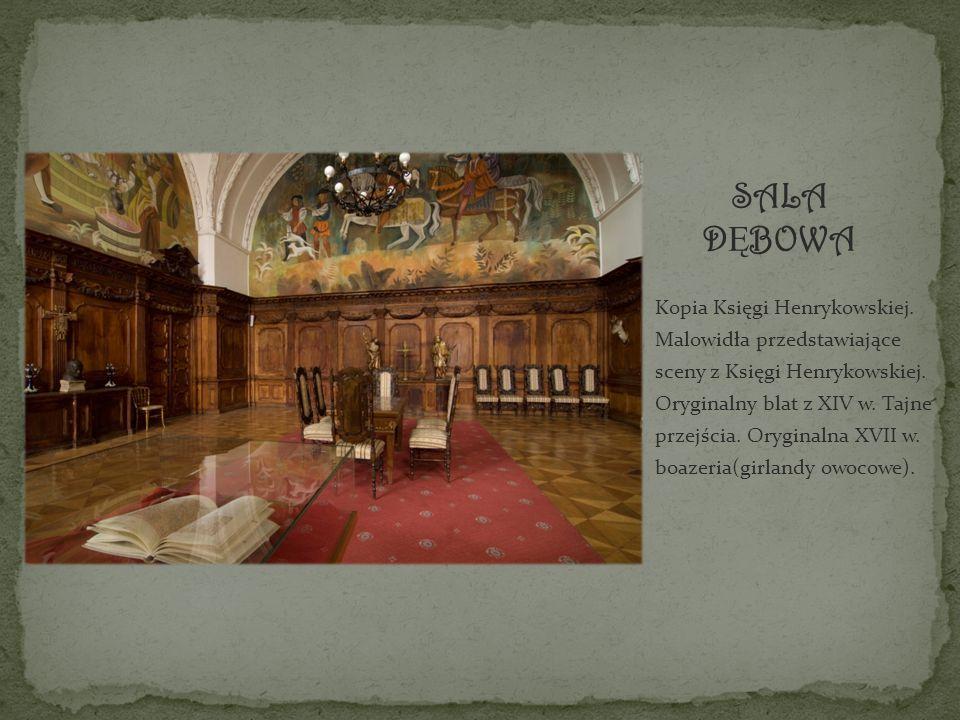 Kopia Księgi Henrykowskiej. Malowidła przedstawiające sceny z Księgi Henrykowskiej.