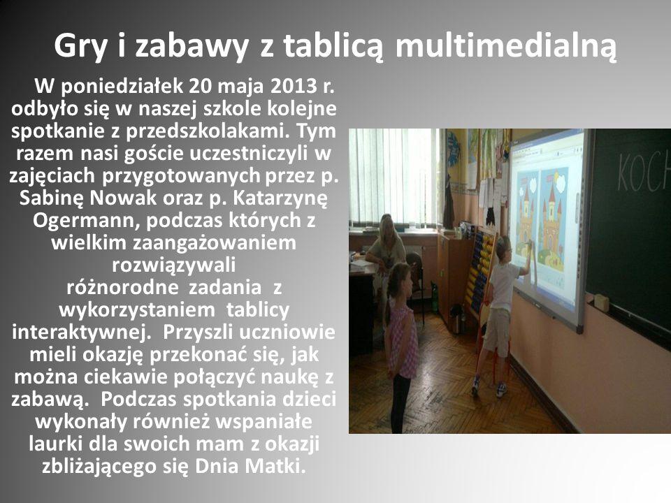 Gry i zabawy z tablicą multimedialną W poniedziałek 20 maja 2013 r. odbyło się w naszej szkole kolejne spotkanie z przedszkolakami. Tym razem nasi goś