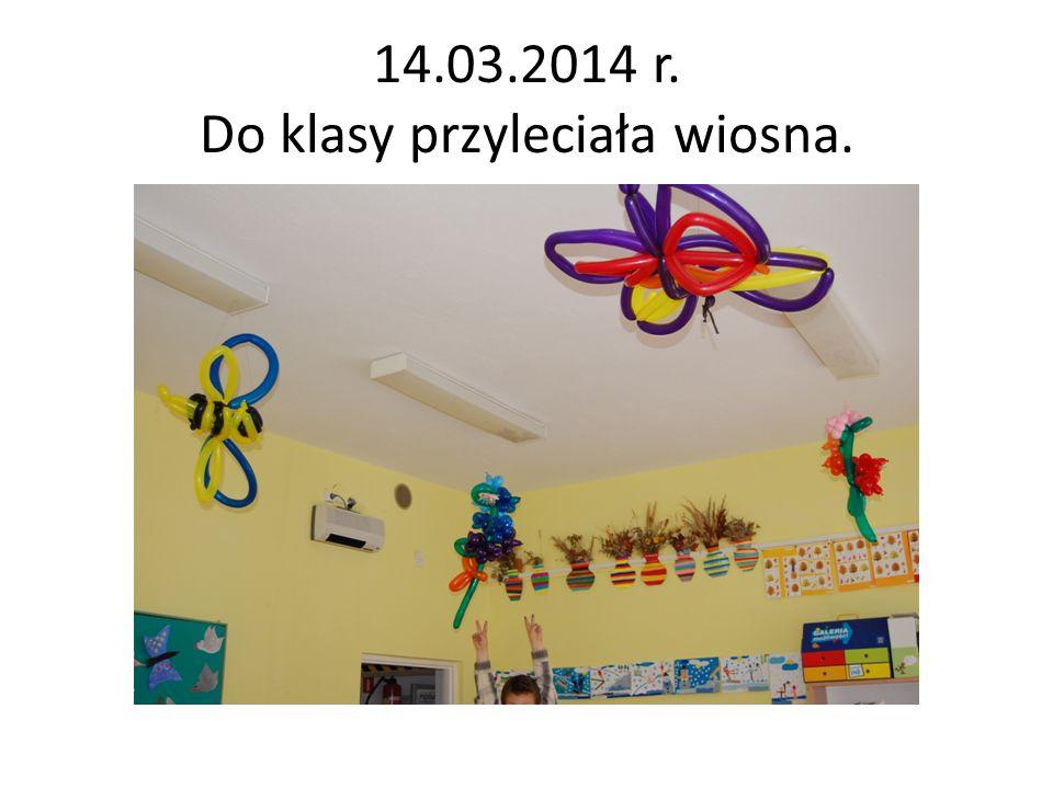 """04.04.2014 r.Zdobywamy informacje. Inni w """"Pszczelim Kąciku szukali wiadomości."""