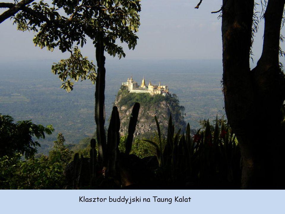 Strzałkami zaznaczono prowincję Mandalaj na terenie której znajduje się klasztor. Birma = Myanmar