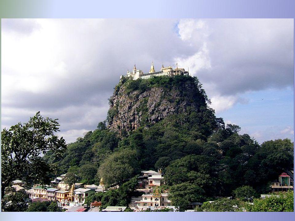 Klasztor buddyjski na Taung Kalat