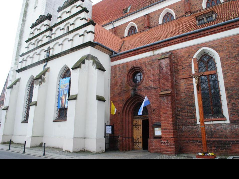 Bazylika Mniejsza pw. św. Jana Apostoła w Oleśnicy jest jedną z najstarszych świątyń śląskich. Prawdopodobnie istniała w formie kaplicy już w XII wiek