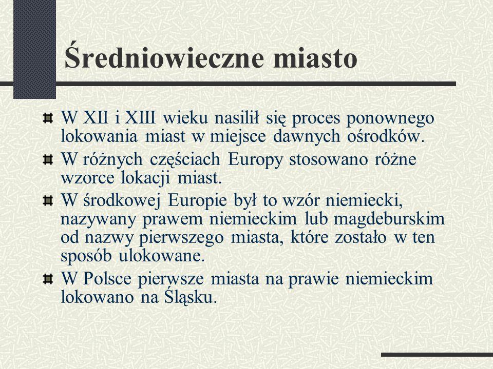Średniowieczne miasto Następny slajd prezentuje fragment przywileju lokacyjnego z 1292 roku dla Nowego Sącza.