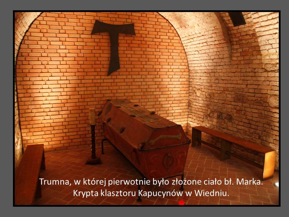 Trumna, w której pierwotnie było złożone ciało bł. Marka. Krypta klasztoru Kapucynów w Wiedniu.