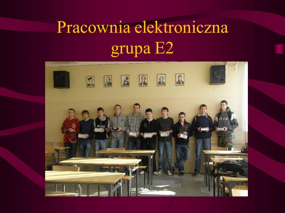 Pracownia elektroniczna grupa E2