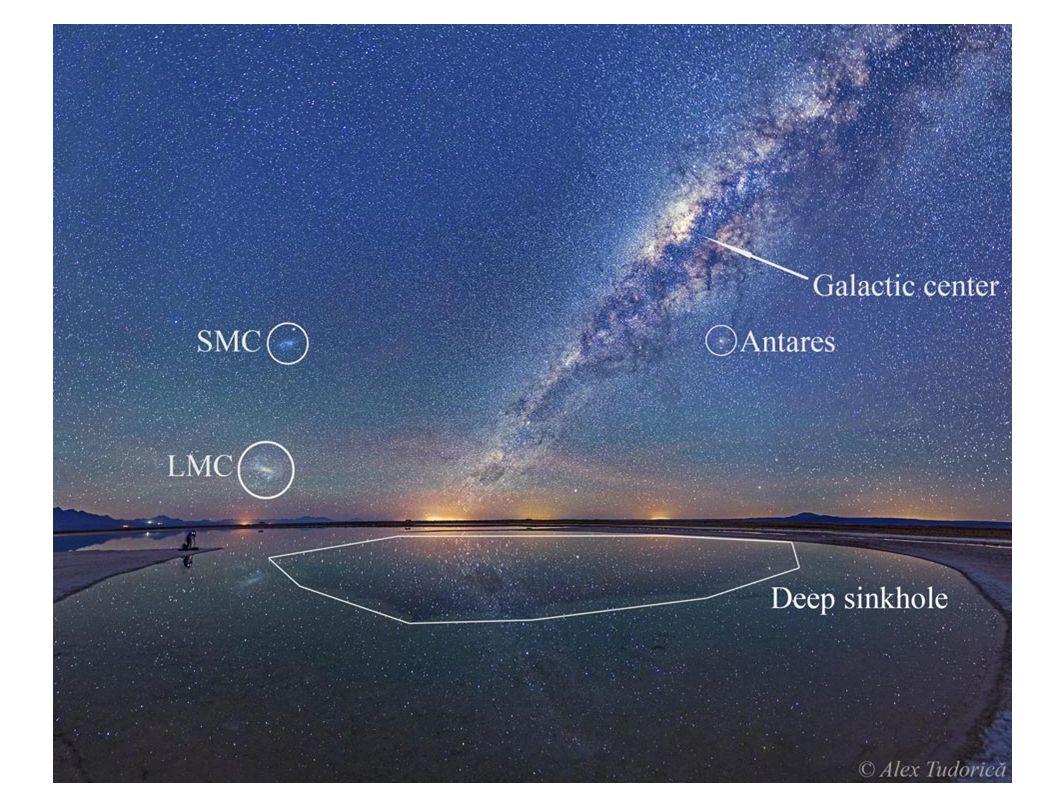 Głębokie pole Hubble a. Widać na nim galaktyki krótko po Wielkim Wybuchu i są one na ogół spiralne!