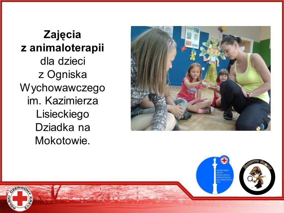 Zajęcia z animaloterapii dla dzieci z Ogniska Wychowawczego im. Kazimierza Lisieckiego Dziadka na Mokotowie.