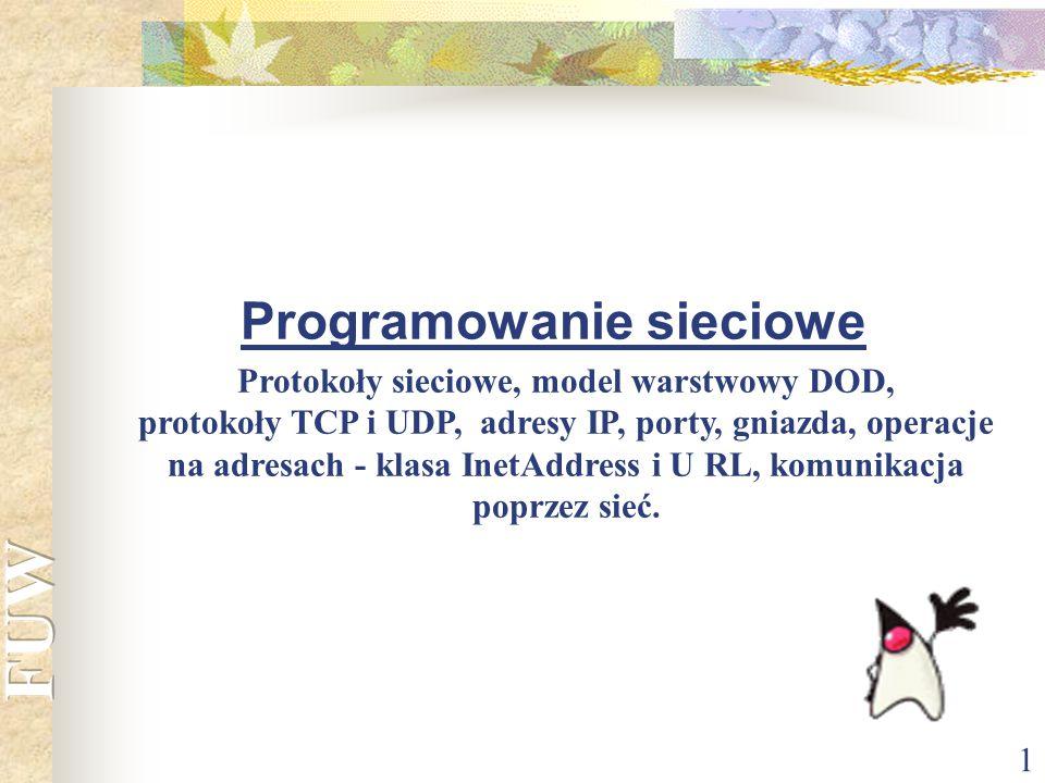 22 Przykład 4 import java.net.*; import java.io.*; public class Zegar { public static void main(String[] args) { Socket gniazdo; String host = info.cyf-kr.edu.pl ; BufferedReader strumienCzasu; if (args.length > 0) { host = args[0]; } try { gniazdo = new Socket(host, 13); strumienCzasu = new BufferedReader(new InputStreamReader(gniazdo.getInputStream())); String czas = strumienCzasu.readLine(); System.out.println( Na +host+ jest: +czas); } catch (UnknownHostException e) {System.err.println(e);} catch (IOException e) {System.err.println(e);} } Program łączy się z serwerem czasu a następnie wyświetla ten czas na ekranie.