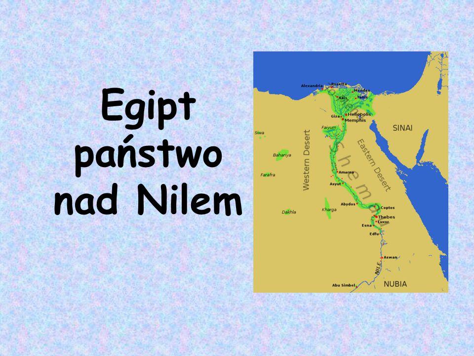 Nil nadmiar wody gromadzono budując system nawadniający, czyli kanały i baseny Egipt darem Nilu podczas corocznych wylewów muł nilowy użyźniał pola wylewy Nilu wyznaczały kalendarz nad Nilem skupiało się życie ludzi dostarczał życiodajnej wody kiedy wody Nilu opadały pracę na polach rozpoczynali chłopi egipscy co roku,o tej samej porze Nil wylewał
