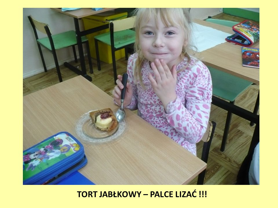 TORT JABŁKOWY – PALCE LIZAĆ !!!