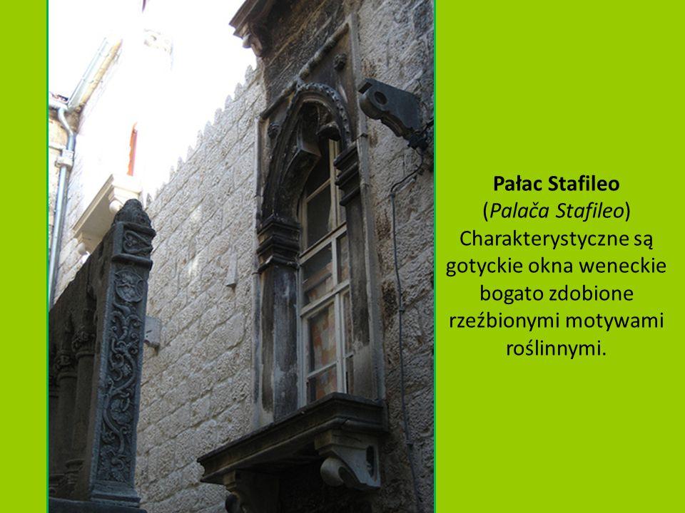 Pałac Cipiko(Palača Ćipiko) pałac w stylu renesansowym zbudowany w 1457 roku dla najzamożniejszej w tym czasie trogirskiej rodziny Čipiko.