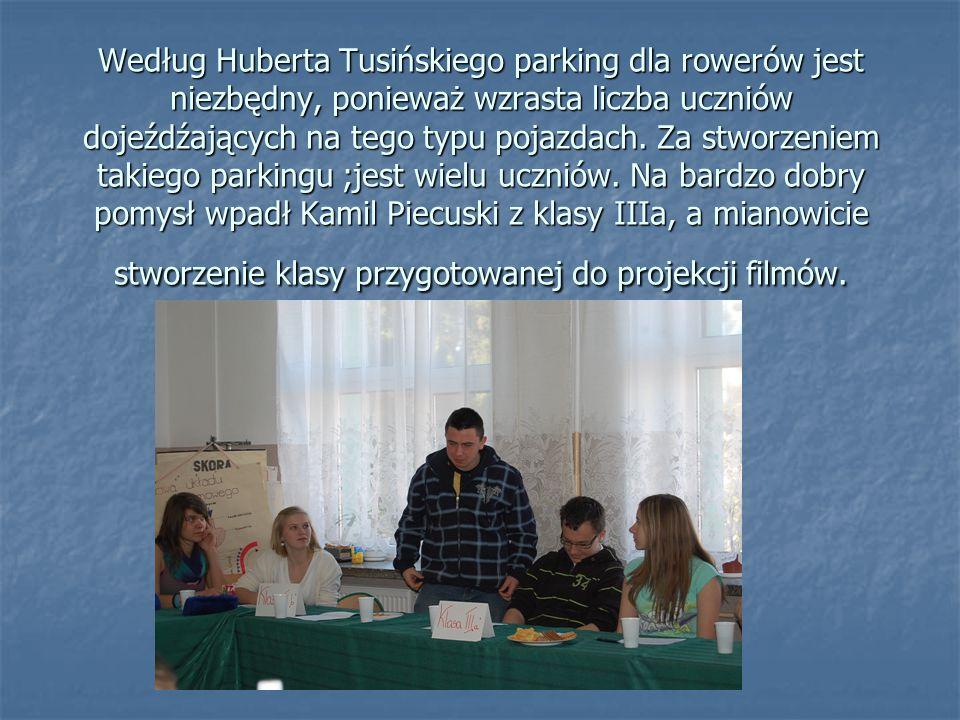 Według Huberta Tusińskiego parking dla rowerów jest niezbędny, ponieważ wzrasta liczba uczniów dojeźdźających na tego typu pojazdach.